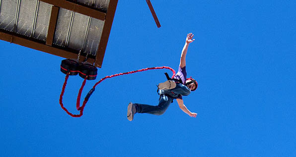 free fall, quick jump, challenge advenure course