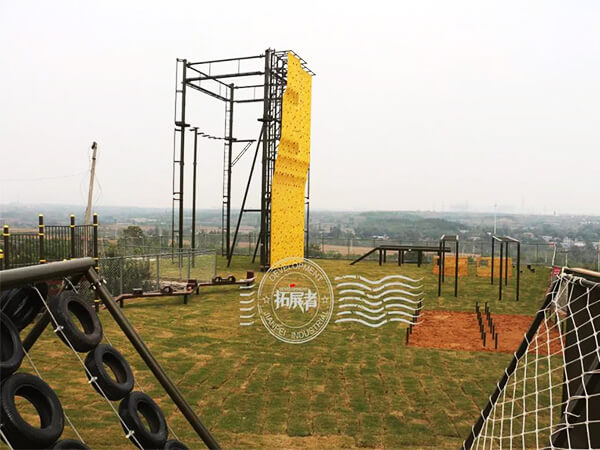 ropes course, obstacle course, climbing wall