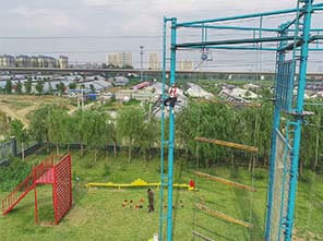 adventure park, obstacle course, rock climbing wall