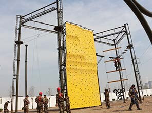 high ropes course, obstacle course, military training equipment