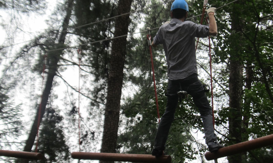 [!--Treetop Challenge Course in Jiuguojing Forest Park, treetop adventure, tree top adventure park--]